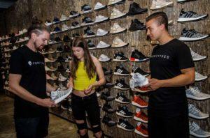 Das neue Wort für Schuhe …