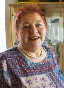 Seit 40 Jahren steht Lore Memmer hinter dem Tresen des SCH Vereinsheim