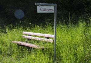 Werden die Mitfahrerbänke der Verbandsgemeinde Hauenstein ein Flop?