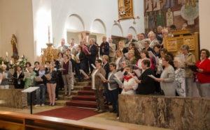 Neun Chöre der Wieslautergruppe beim Sonntagsgottesdienst in der Hauensteiner Christkönigskirche