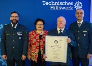THW ehrte Helmut Kunz für 50 Jahre ehrenamtlichen aktiven Dienst